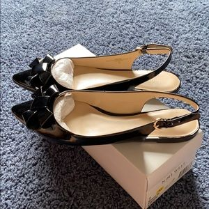 Nine West Black Pointed Shoes w/Bow